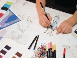 Để trở thành một nhà thiết kế thời trang giỏi , cần gì ?